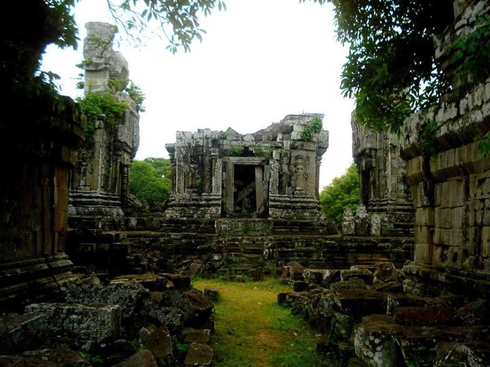 តោះៗនាំគ្នាចែករំលែកប្រវត្តិសាស្ត្រប្រាសាទភ្នំបូក | Phnom Bok History