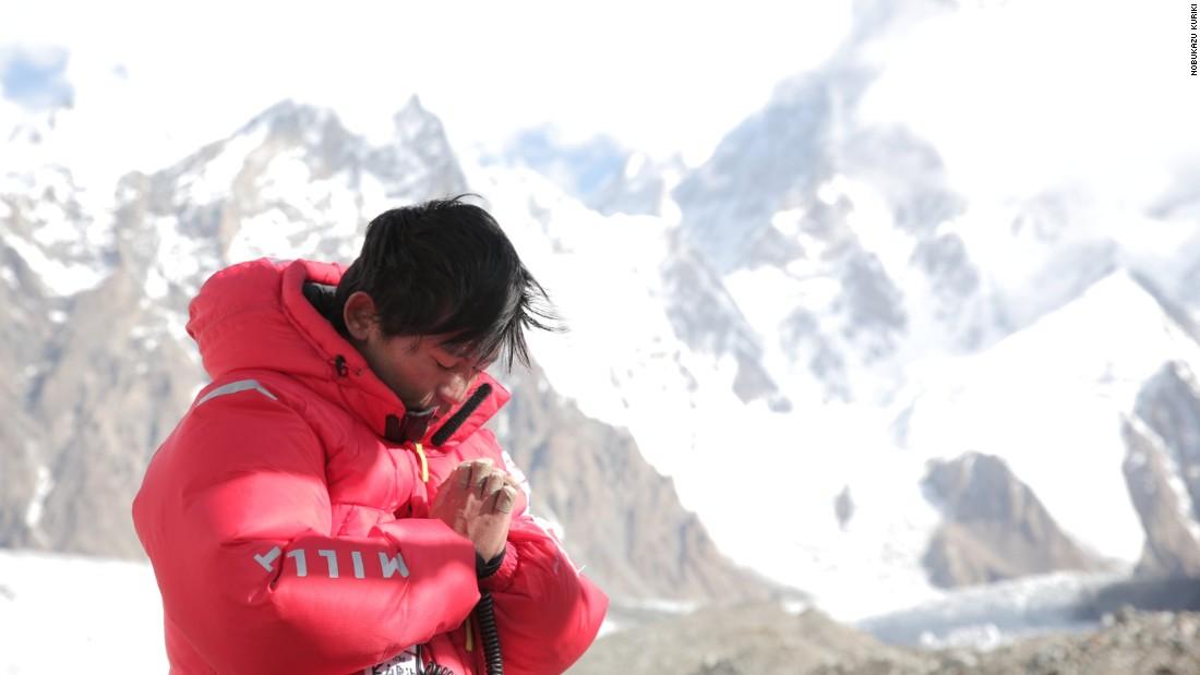 ព្យាយាម ៨ លើកមិនបានសម្រេច ចុងក្រោយដេកស្លាប់ម្នាក់ឯងលើភ្នំអេវើរេស (Everest)