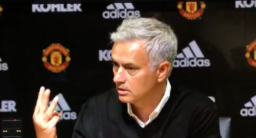 Jose Mourinho ឆេះដុំនៅចំពោះមុខអ្នកកាសែតក្រោយការចាញ់ក្នុងដី ៣-០ កាលពីយប់មិញ